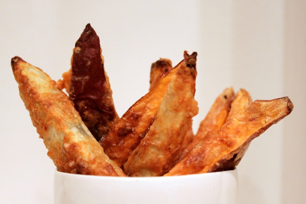 You want fries with that? Try these Baked Parmesan Sweet Potato Fries